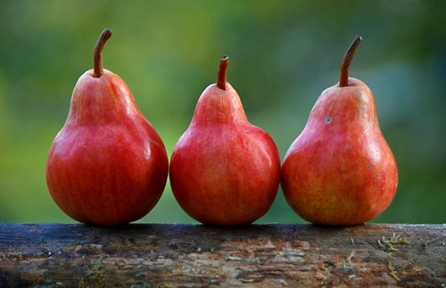 Three pears, are still three pears, what ever shape you set them out in.